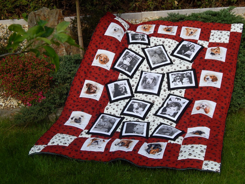 Pejsková vzpomínková deka