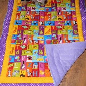 Veselá deka na hraní
