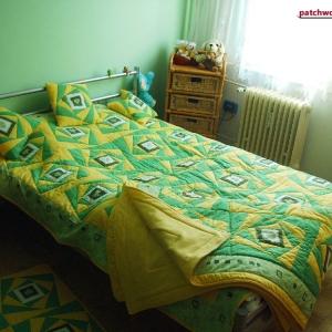 Souprava zeleno-žlutá