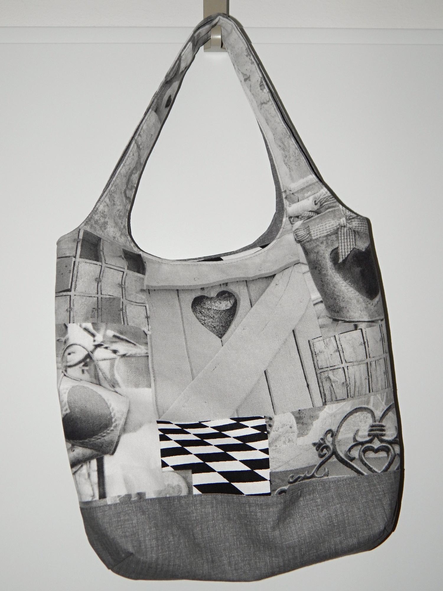 Bíločerná kabelka I.