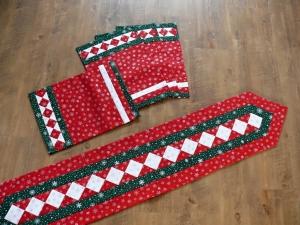 Vánoční prostírání a štola